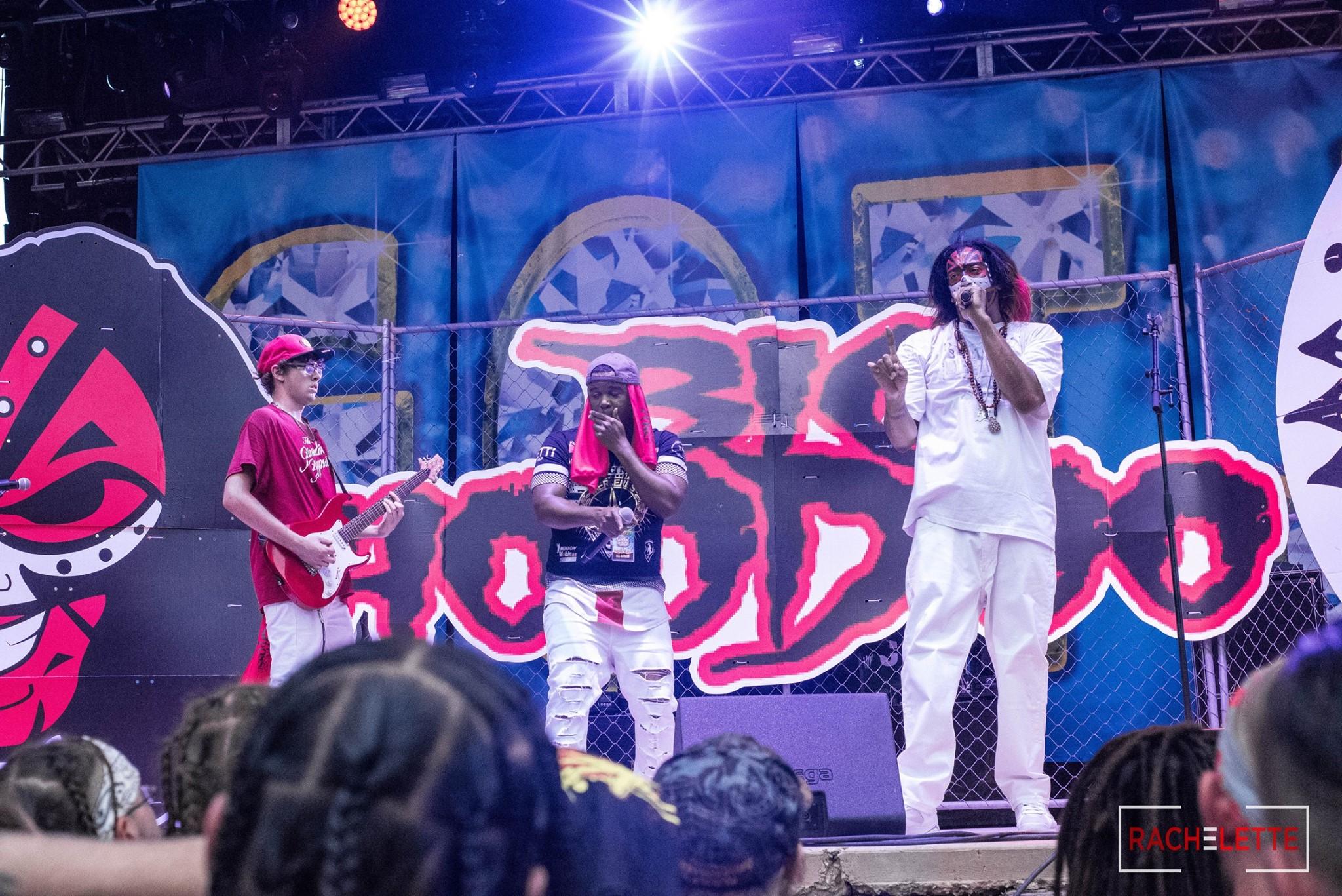 Hoodoo Stage Props